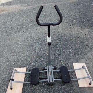 レッグトレーニングマシン