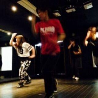 好きなアーティストのダンスを教えます!オンラインレッスン可…