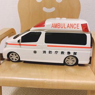 【音鳴る】救急車のおもちゃ