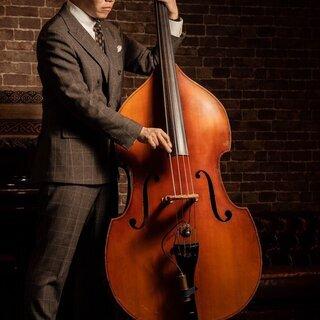 ウッドベースorエレキベースのジャズ奏法教えます。