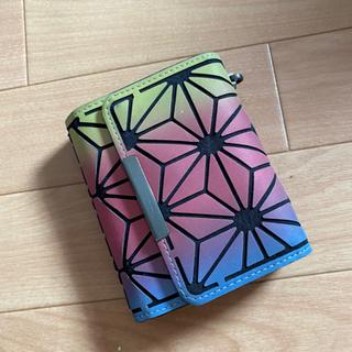新品未使用の三つ折財布!