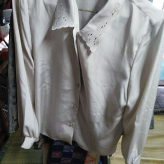 女性向けシャツ(M)LM