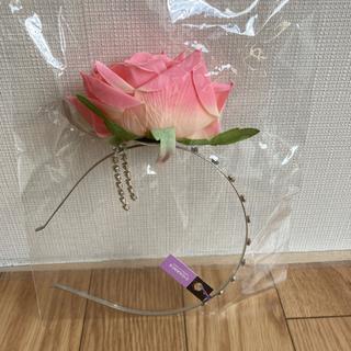 【薔薇とキラキラカチューシャ】新品未開封品