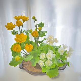 粘土の花を作って飾りませんか