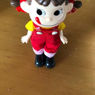 ペコちゃん着せ替え人形