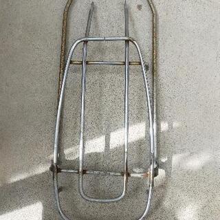自転車の荷台パーツ