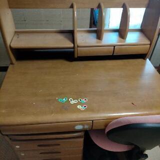 子供用学習机(かなり使用感あります)