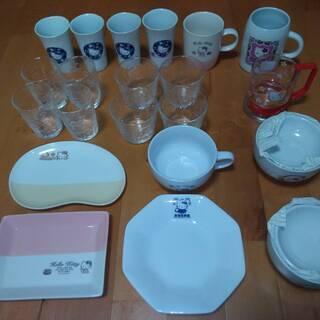 ハローキティ グラス・マグカップ・お椀など各15セット