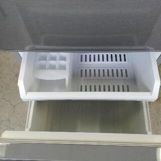 ⭐23区は送料無料!2019年製の冷蔵庫がこの価格。絶対お得!!アクア冷蔵庫126L😆洗濯機のセット購入割引⭐JJ01 - 家電