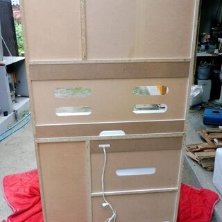 9/5成約済みとなりました。白いオシャレな食器棚 中古 − 鳥取県