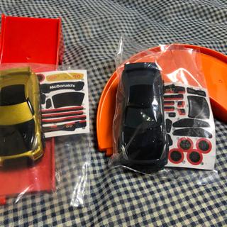 ハッピーセット トミカ GTR2台
