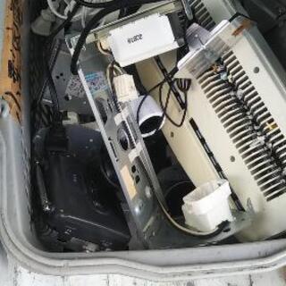 【一時中止】小型家電(不動)、電子部品、コード