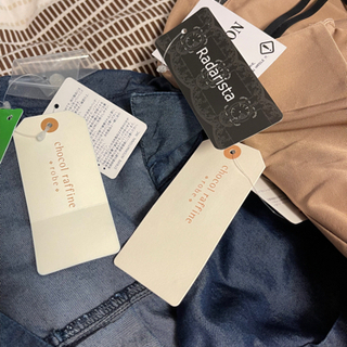 お相手決まりました!新品、タグ付きあり! 秋服たくさん 10枚セット レディース ワンピース スカート カットソー Mサイズ - 売ります・あげます