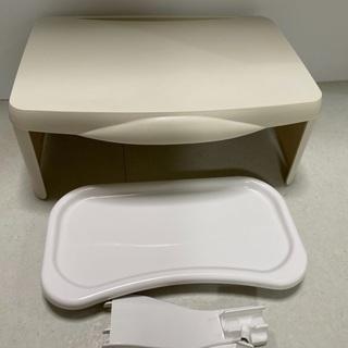 【ネット決済】スリーコインズ折りたたみ子供テーブル&豆イス用テーブル