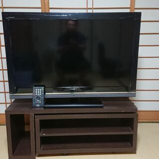 40インチ液晶TV(ジャンク)と冷蔵庫82L2ドア(稼働品)