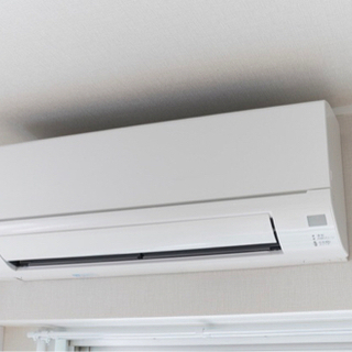 安価でエアコン取り付け、取り外し