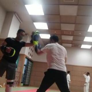 初心者歓迎 キックボクシング フィットネス  吉祥寺 上石神井 練馬 - 教室・スクール