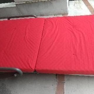折りたたみシングルベッド