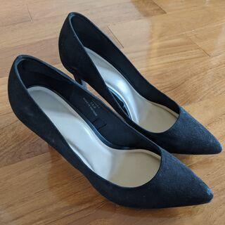 【ネット決済】女性のハイヒールの靴 サイズ23.5