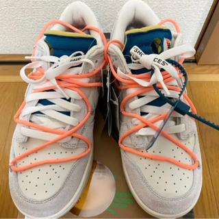 OFF-WHITE × NIKE DUNK LOW 1 OF 5...