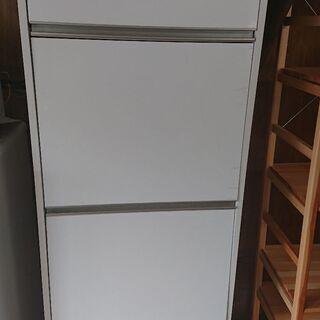 レンジ台付き収納棚
