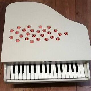 【ネット決済】幼児向け KAWAI ミニグランドピアノ(アイボリー)