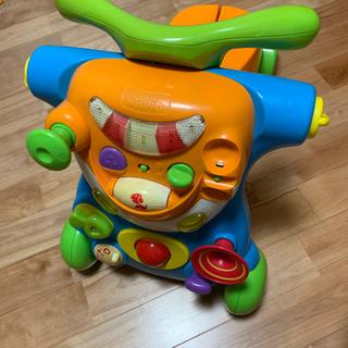 乗り物おもちゃの画像