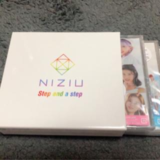 【ネット決済】最終値下げ NiziU 3形態ボックス 未使用トレ...