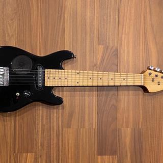【最終値下げ】スピーカー内蔵ミニギター − 佐賀県