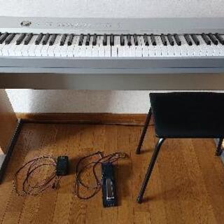 電子ピアノ差し上げます。
