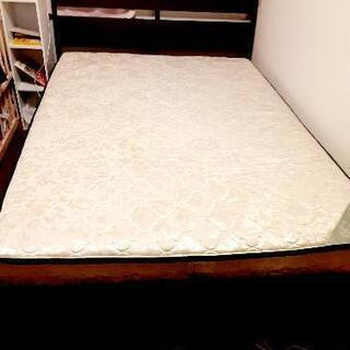 IKEA ダブルベッド  フレーム+マットレス