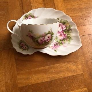 【ネット決済】薔薇のカップ&ソーサー 新品 未使用