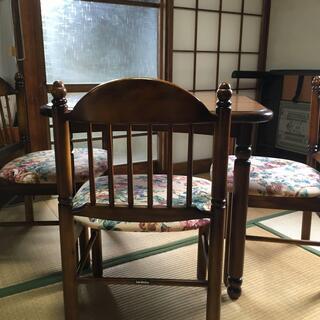 カリモクのテーブル・椅子3脚セット