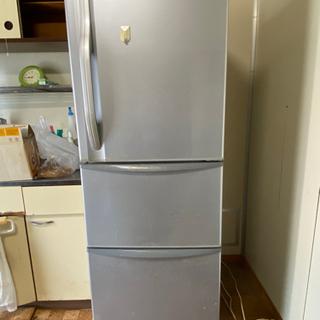 3ドア冷凍冷蔵庫差し上げます