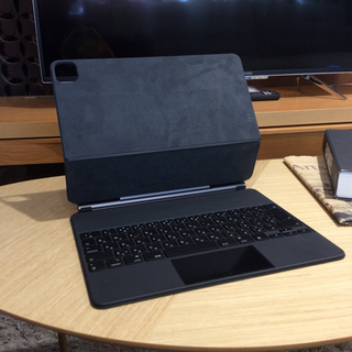 中古品 Apple 12.9インチ iPad Magic keyboard  の画像