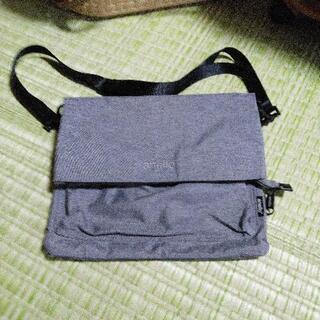 anello 折り畳めるショルダーバッグ