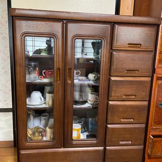 洋室用の食器棚