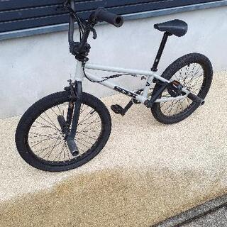 BMX タイヤ新品 チェーン新品の画像