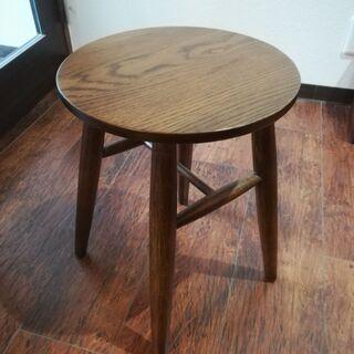小さめのサイドテーブル(中古品・低め・軽め)
