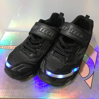 スケッチャーズ 光る靴 19.5  スニーカー
