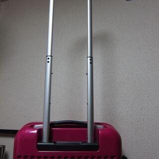 詳細不明☆キャリーケース 2~3泊ぐらい?の容量 TSAロック - 靴/バッグ
