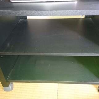 小さめのテレビ台(幅53.5cm、高さ44cm、奥行き39.5cm)