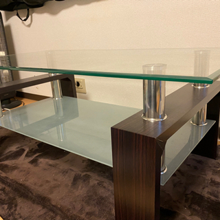 【ネット決済】重厚感のあるガラステーブル
