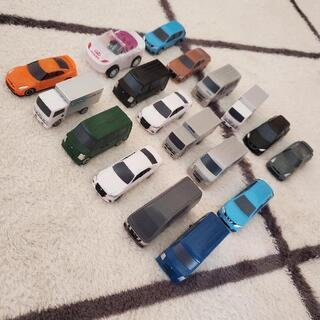 ポケットトミカ&ノーブランドミニカー18台