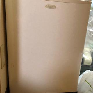 エラヴィタックス1ドア 冷蔵庫 ER-70  小型冷蔵庫 Ela...
