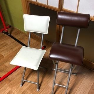 折り畳み椅子2脚