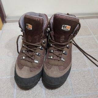 登山用の靴(27.0cm)