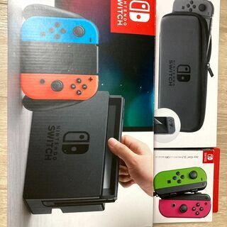 Nintendo switch本体(保証書・箱つき美品) + joy con×2 (計4本) + ケースの画像