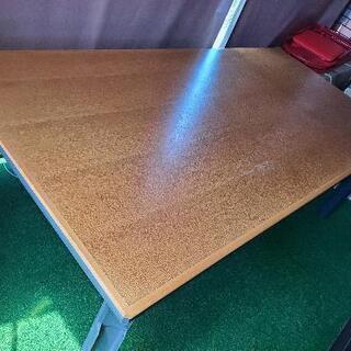 ミーティングテーブル、作業台