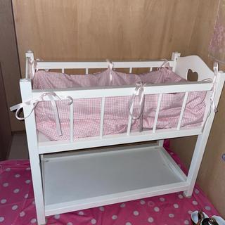 おもちゃベッド